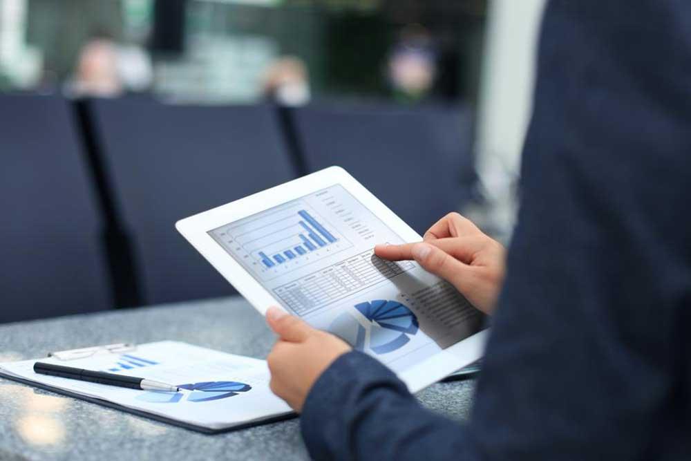 Four Best ETF Stocks To Buy To Maximize Returns